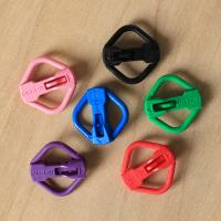 LINKS-IT with Kevlar® Pet ID Tag Clip